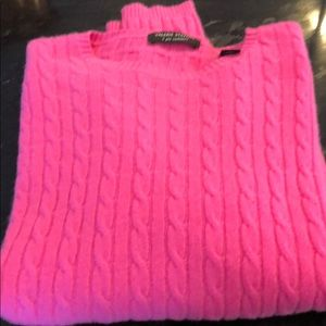 Valerie Stevens 2 ply cashmere cableknit sweater